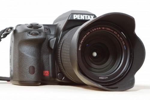 Pentax K-5 mit DA 18-135 WR