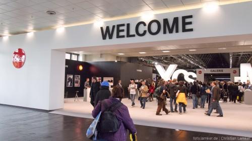 Eingang zur Leica-Halle